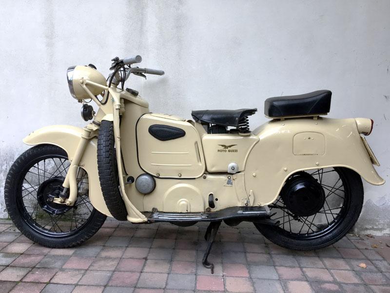 Lot 31-1954 Moto Guzzi Galletto 192