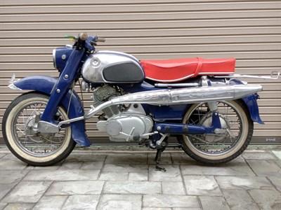 Lot 82-1962 Honda CS72 Dream
