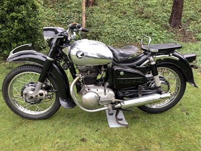 Lot 87-1957 Honda Dream ME