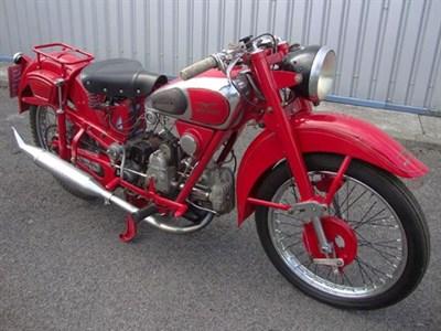 Lot 127-1945 Moto Guzzi Airone