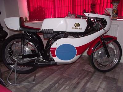 Lot 45-c.1970 Yamaha TR2B