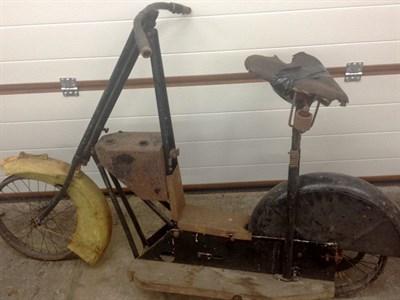 Lot 60-c.1920 Kenilworth Scooter