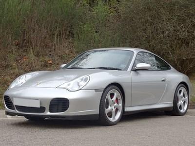 Lot 42 - 2004 Porsche 911 Carrera 4S