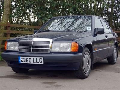 Lot 70-1993 Mercedes-Benz 190 E