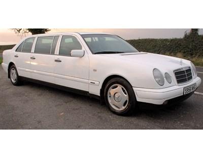 Lot 83-1999 Mercedes-Benz E 240 Limousine