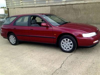 Lot 44-1995 Honda Accord 2.0i LS