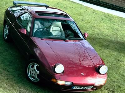Lot 86-1989 Porsche 928 S4