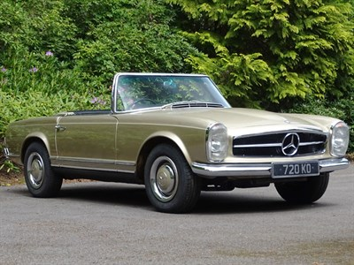 Lot 41-1966 Mercedes-Benz 230 SL