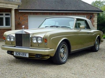 Lot 33-1985 Rolls-Royce Corniche Convertible