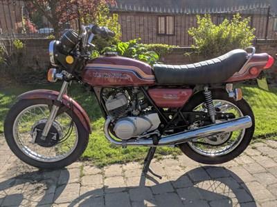 Lot 56 - 1972 Kawasaki S2 Mach II