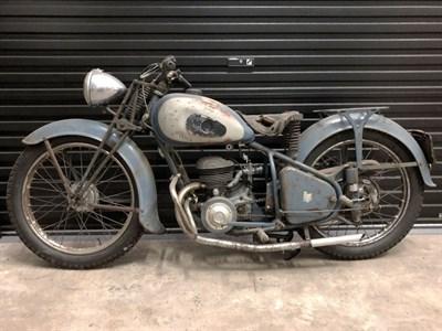 Lot 64 - 1952 Peugeot 57 TAL