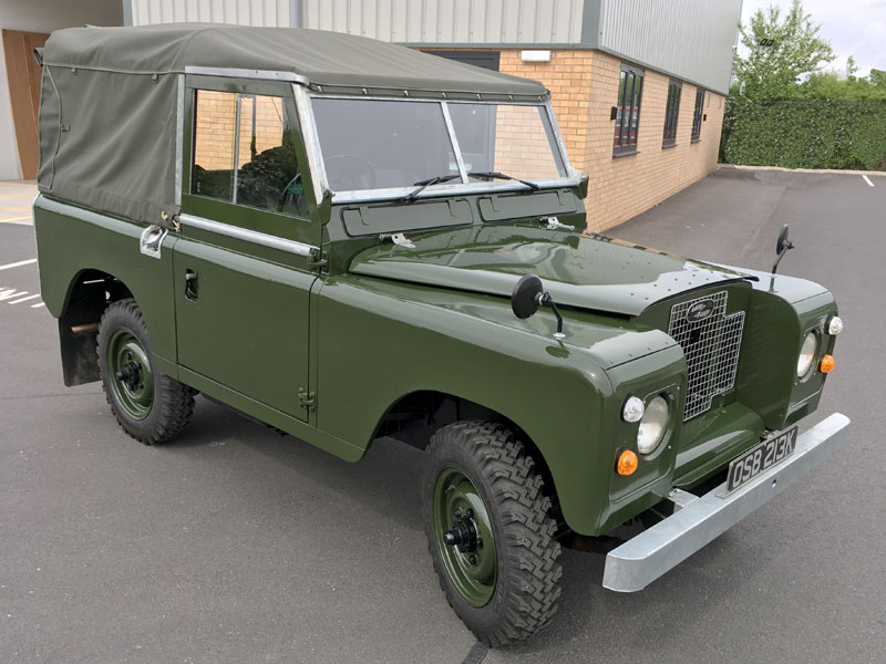 Lot 76-1971 Land Rover 88 Series IIA