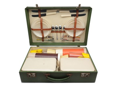Lot 95-A Sirram Picnic Set