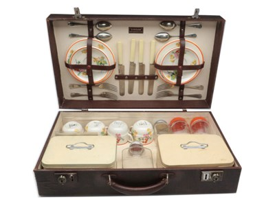 Lot 83-Sirram Four-Person Picnic Set