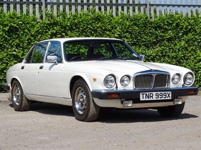 Lot 47-1981 Daimler Sovereign 4.2