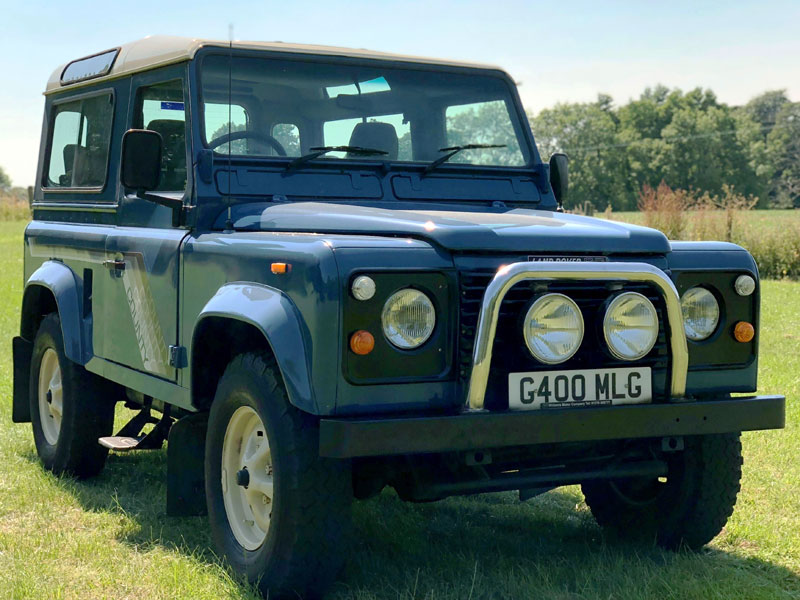 Lot 86-1989 Land Rover Defender 90 TDi County