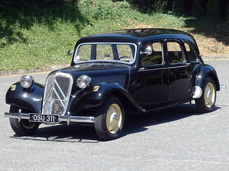 Lot 85-1954 Citroen 11B Traction Avant Familiale