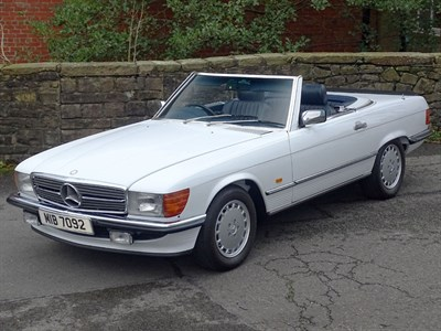 Lot 51 - 1987 Mercedes-Benz 300 SL