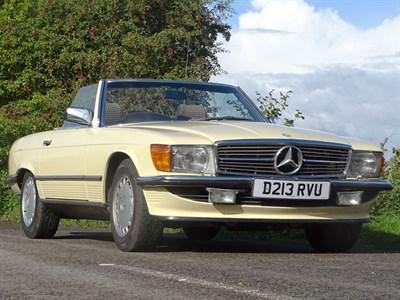 Lot 11-1986 Mercedes-Benz 300 SL