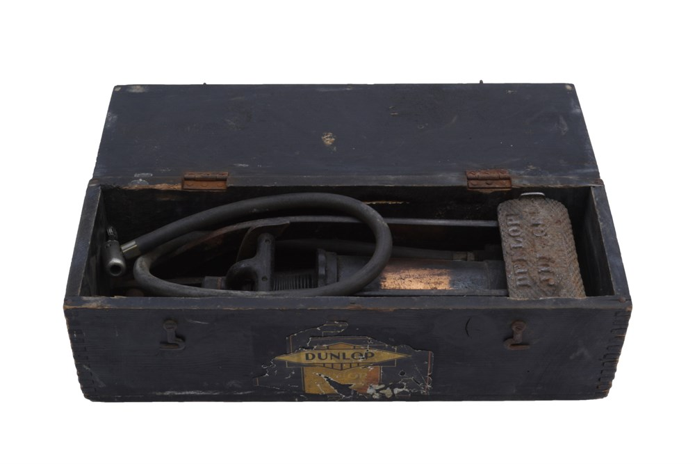Lot 26-A Dunlop 'Junior' Foot Pump