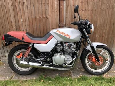 Lot 98 - 1984 Suzuki GS650GX Katana