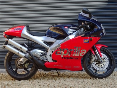 Lot 32-1998 Aprilia RS250 Rossi Replica