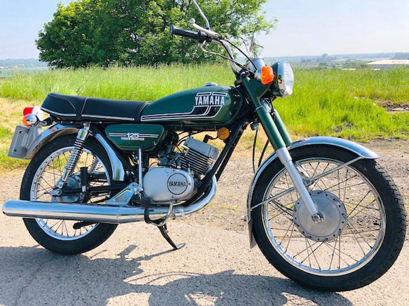Lot 33 - 1976 Yamaha RS125 Torque Induction