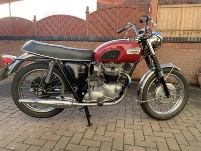 Lot 17-1968 Triumph T120R Bonneville