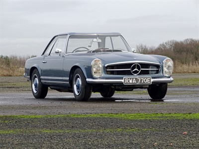 Lot 40-1967 Mercedes-Benz 250 SL