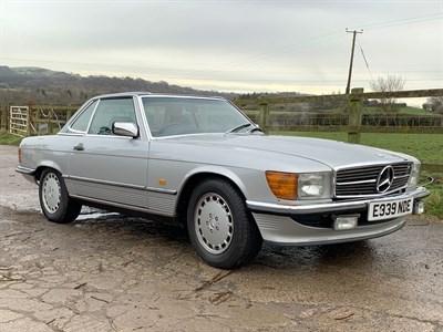 Lot 17-1987 Mercedes-Benz 300 SL