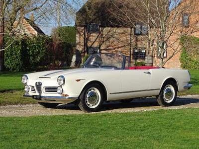 Lot 62-1964 Alfa Romeo 2600 Spider