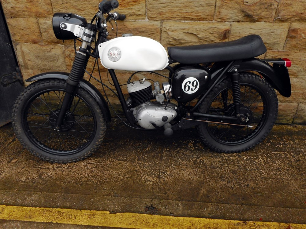 Lot 35-1968 BSA D14/4 Bantam Bushman Replica