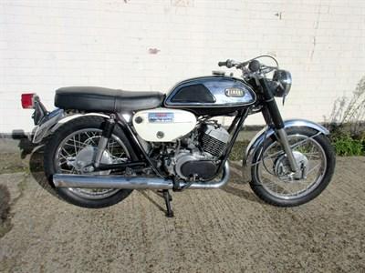 Lot 21-1967 Yamaha R1