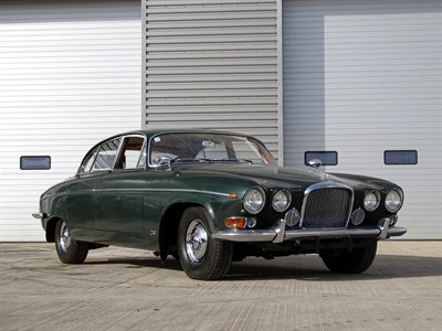 Lot 85-1961 Jaguar MK X