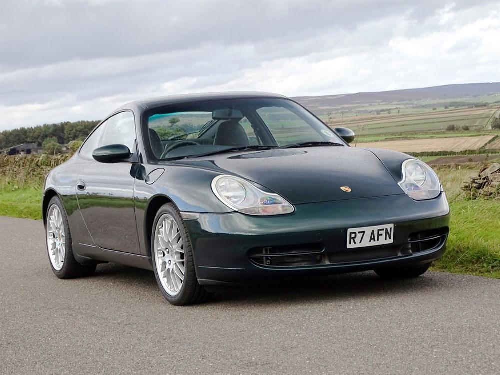 Lot 30 - 1998 Porsche 911 Carrera