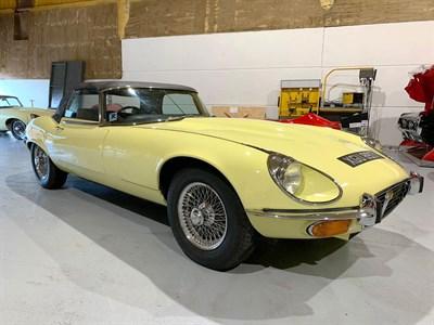 Lot 78-1974 Jaguar E-Type V12 Roadster