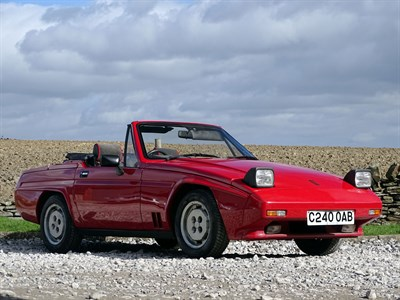 Lot 2-1985 Reliant Scimitar SS1 1600