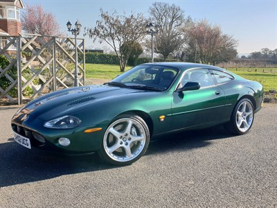 Lot 54-2002 Jaguar XKR