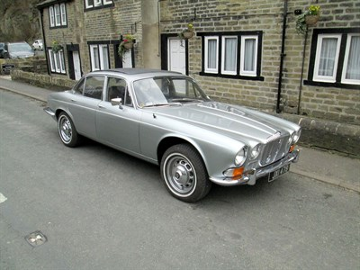 Lot 4-1970 Daimler Sovereign 2.8