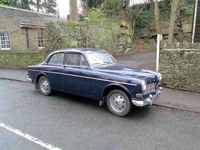 Lot 80-1966 Volvo 131