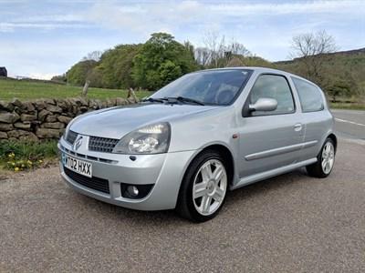 Lot 33 - 2002 Renault Clio Sport 172