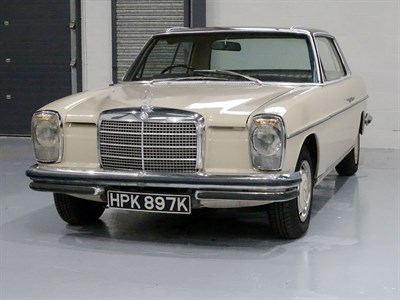Lot 60 - 1971 Mercedes-Benz 250 CE