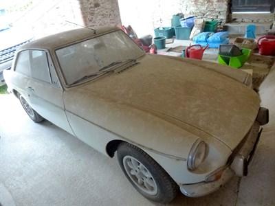 Lot 3 - 1972 MG B GT