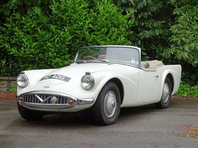 Lot 10-1959 Daimler SP250 Dart