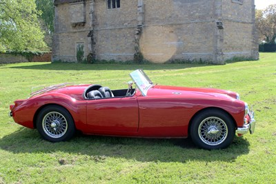 Lot 19-1959 MG A Twincam Roadster