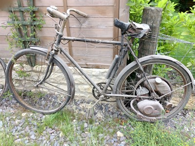 Lot 10-1950s Raleigh Cyclemaster
