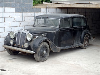 Lot 19 - 1947 Daimler DE27 Hooper Limousine