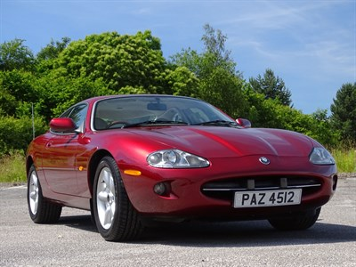 Lot 57 - 1997 Jaguar XK8 Coupe
