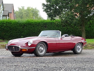 Lot 65-1974 Jaguar E-Type V12 Roadster