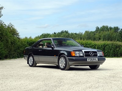 Lot 86 - 1988 Mercedes-Benz 300 CE
